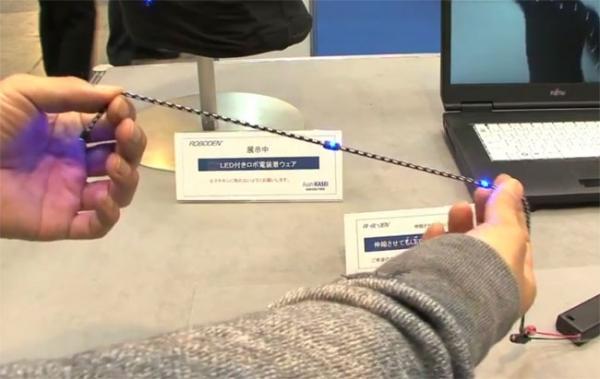 Первый в мире эластичный USB-кабель