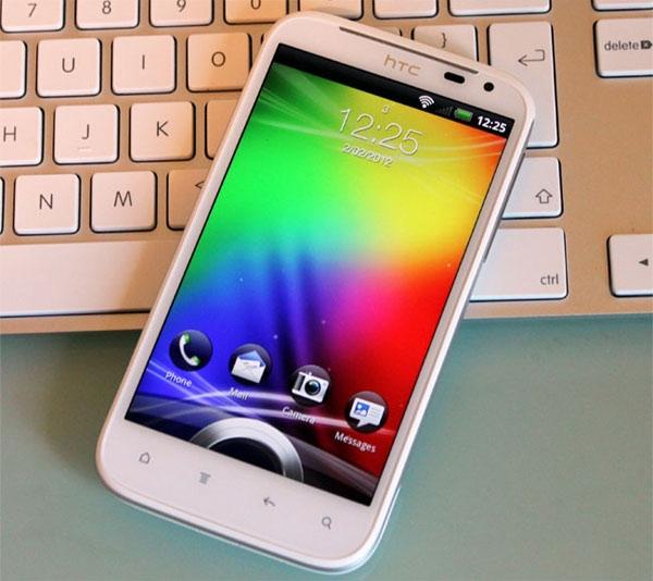 Европейские продажи белого HTC Sensation с Android 4.0 стартуют 1 марта