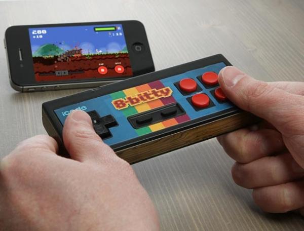 iCade 8-Bitty – игровой контроллер для мобильных устройств