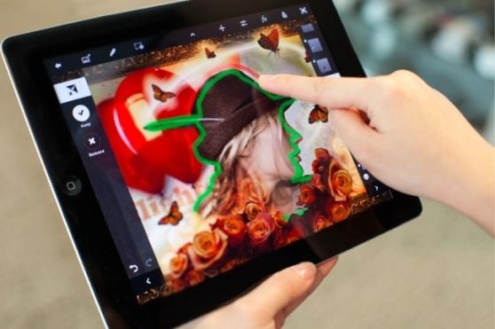 Adobe планирует запустить Photoshop Touch для iPad