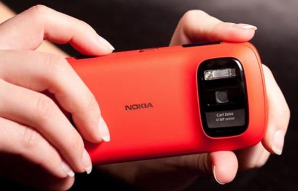 41-мегапиксельный смартфон Nokia 808 Pureview