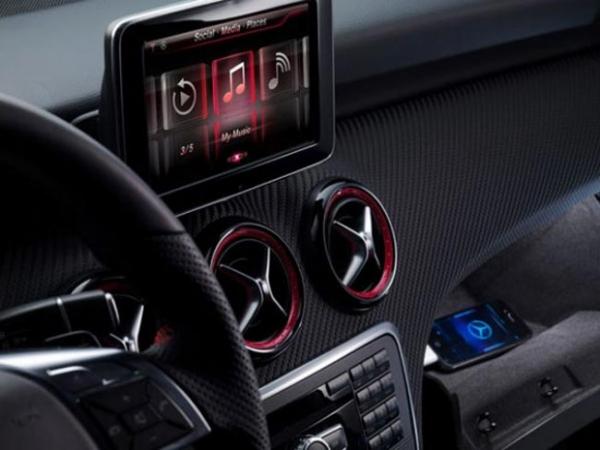 Mercedes собирается интегрировать Apple Siri в свои будущие автомобили