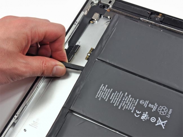 Батарея нового iPad 3 на самом деле на 70 % больше батареи iPad 2