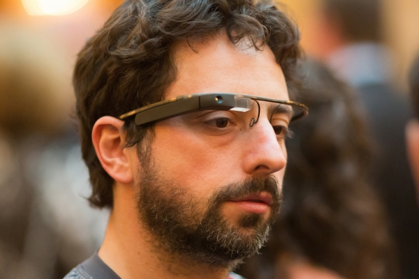 Предварительный заказ Google Glass стоит 00