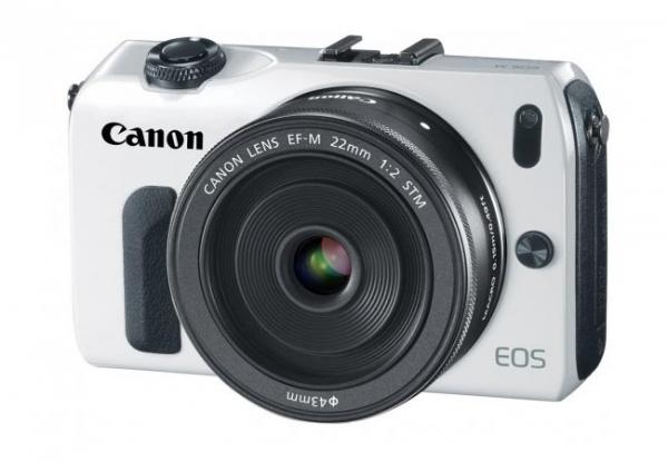 Canon анонсирует беззеркальную камеру EOS M