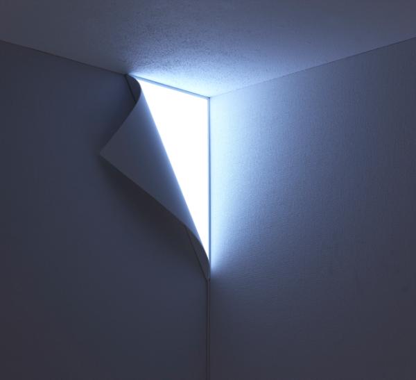 Потусторонний мир за вашей стеной или необычный ночник Peel Light