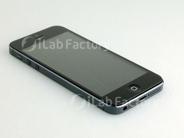 В сети появились первые фотографии iPhone 5