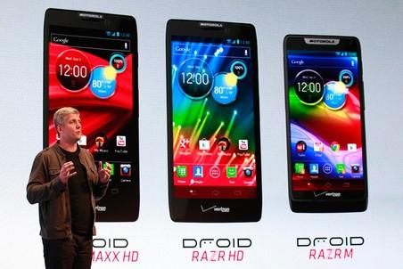 Компания Motorola Mobility анонсировала сразу три смартфона серии RAZR