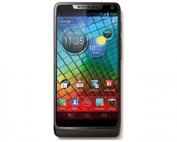 Motorola RAZR i – смартфон на платформе Intel