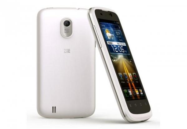 Android-смартфон ZTE Blade III