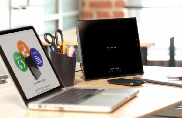 Netgear Centria – NAS и Wi-Fi роутер