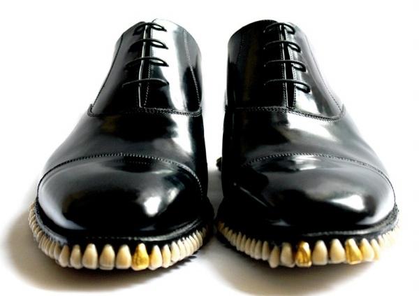 Зубастые туфли
