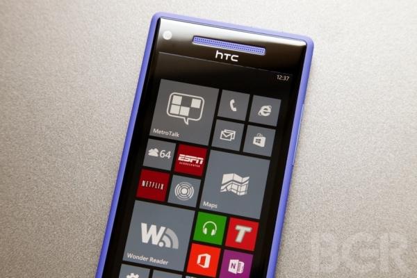 Устройства на Windows Phone 8 страдают от случайных перезагрузок и малого времени автономной работы