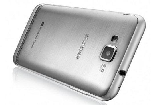 Первый WP8-смартфон Samsung поступил в продажу