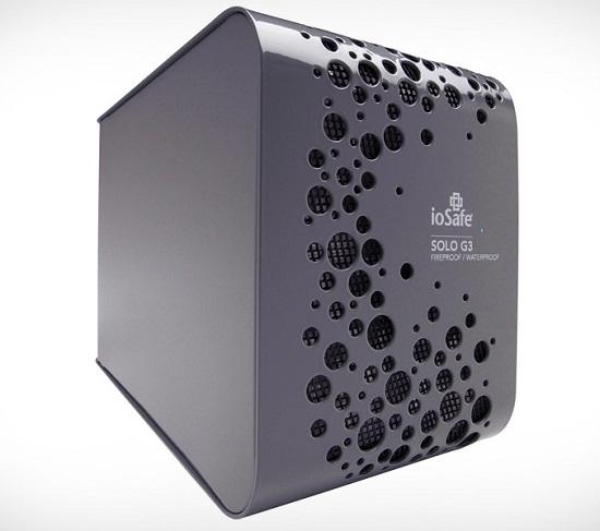 ioSafe SOLO G3 – сейф для жестких дисков