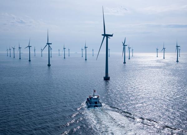 Взамен Фукусимы-1 Япония построит крупнейшую «ферму» ветряков