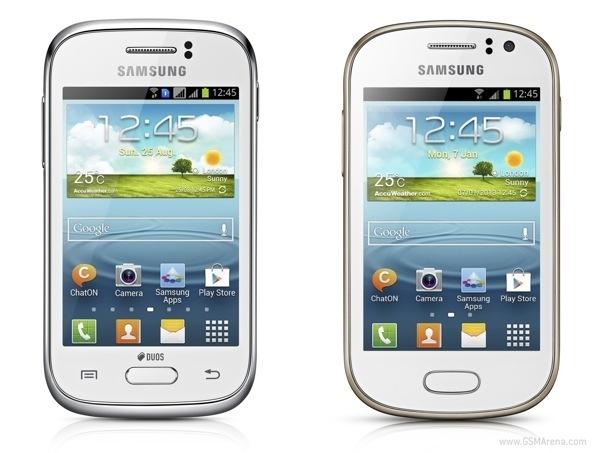 Два бюджетных телефона от Samsung