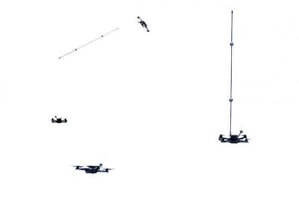 Квадрокоптеры-акробаты