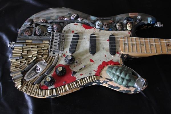 Зомби-гитара готова к зомби-апокалипсису