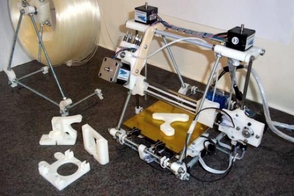 Житель Индии собрал самодельный 3D-принтер