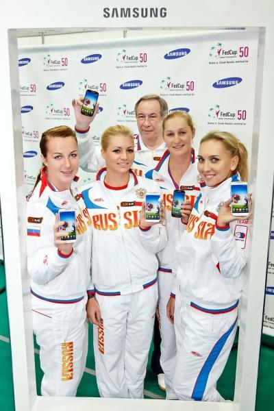 Первыми обладателями Galaxy S4 стали российские теннисистки
