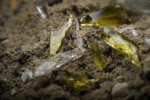 Исследователи научились превращать цемент в стеклянно-металлический электропроводник