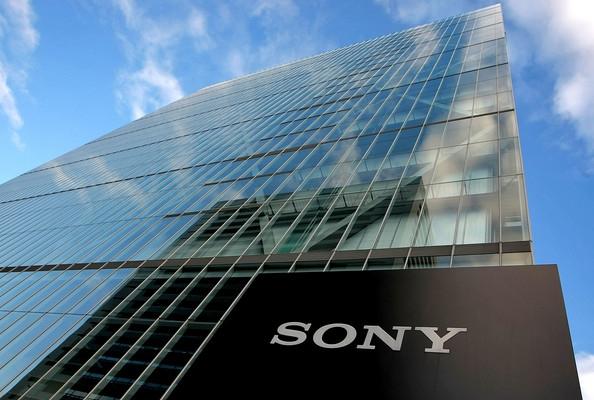 Почему Sony все еще на плаву?