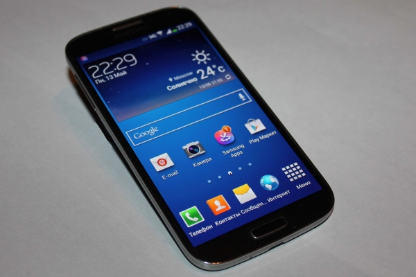 Samsung Galaxy S4 – флагман года (часть 1)