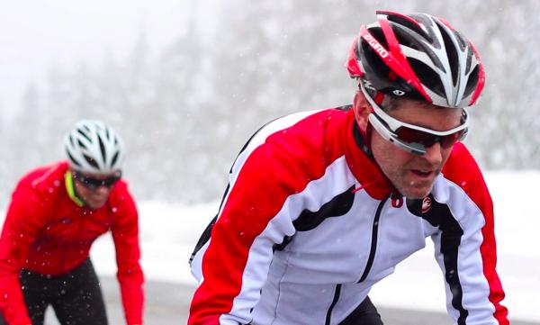 У Google Glass появился конкурент «за полцены»