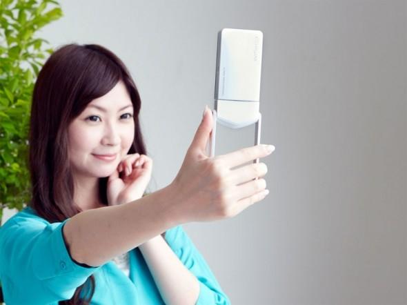 Casio Exilim EX-TR15 — камера для автопортретов и не только
