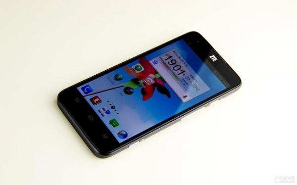 ZTE U988S – первый смартфон с Tegra 4 будет стоить 326 $