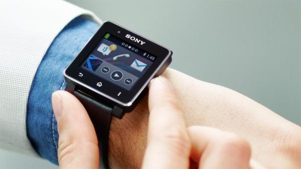 Sony анонсировала новые «умные часы» — Smartwatch 2