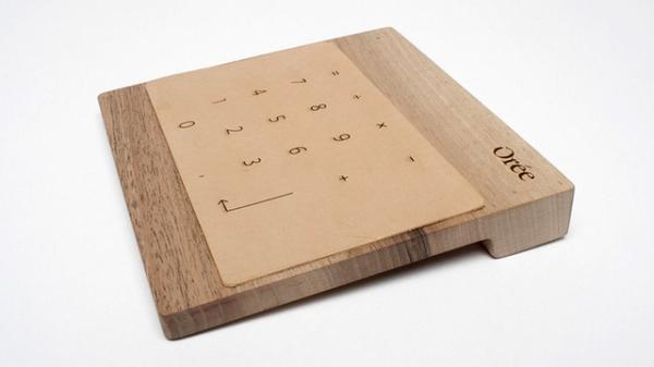 Рабочий тачпад, сделанный из дерева
