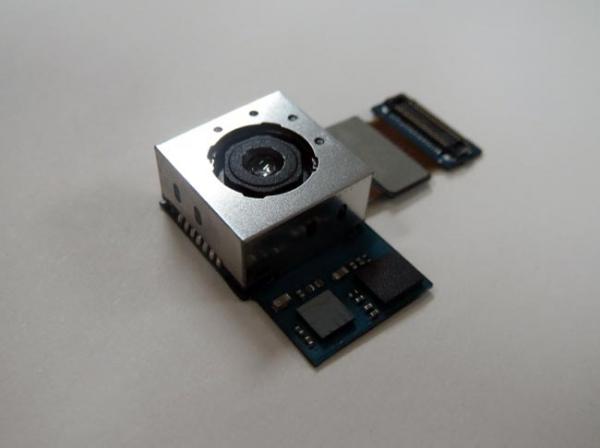 Новая 13-мегапиксельная камера для смартфонов от Samsung