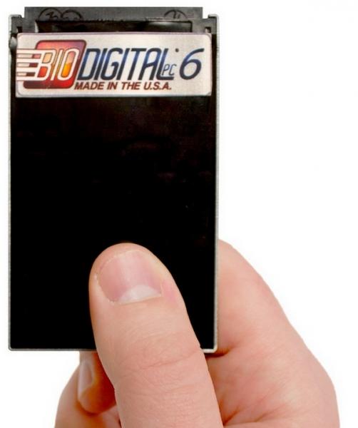 BioDigital PC — водонепроницаемый ПК размером с кредитную карту