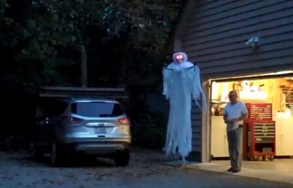 Призрак для Хэллоуина из квадрокоптера