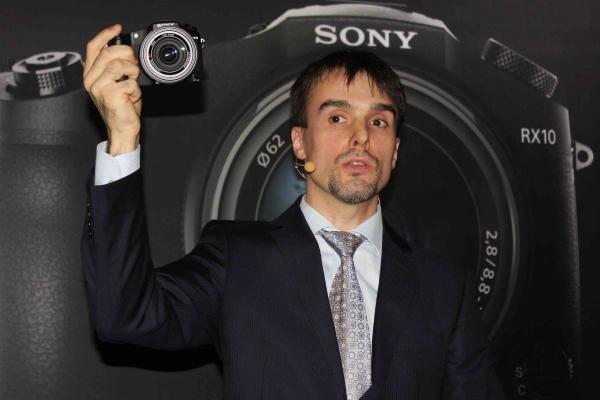 Sony представила новые беззеркальные камеры для профессионалов