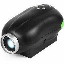 Портативный проектор, читающий SD-карты памяти