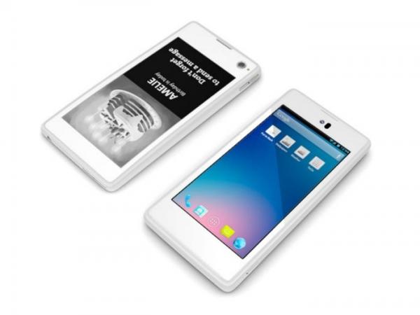 Двухэкранный смартфон вышел в продажу в Европе