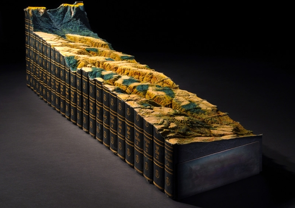 Как превратить 24 тома энциклопедии в горы и долины?