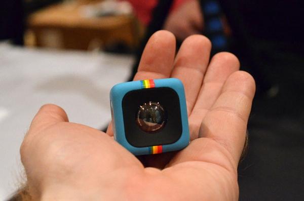 Polaroid C3 – камера-кубик для активного отдыха