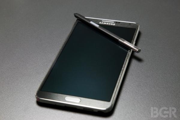 Мало смартфонов Samsung не бывает: встречаем Galaxy Note 3 Neo
