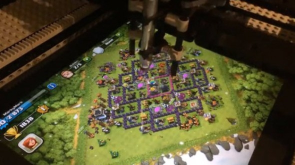 Lego-робот научился играть в Clash of Clans
