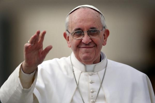 Папа римский назвал интернет «даром божьим»