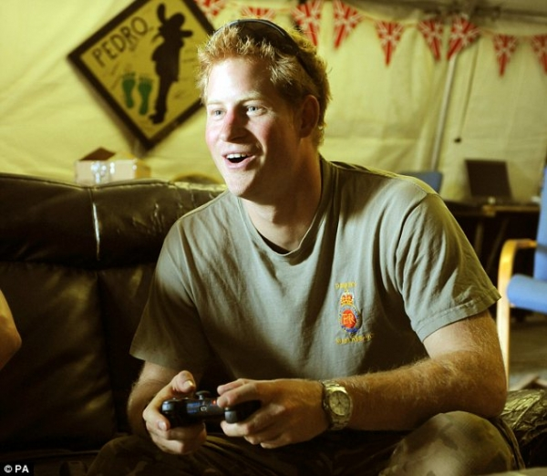 Пара из России 20 минут «стримила» свою близость на PS4