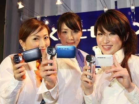Sanyo DMX-CA8 – новая водонепроницаемая видеокамера