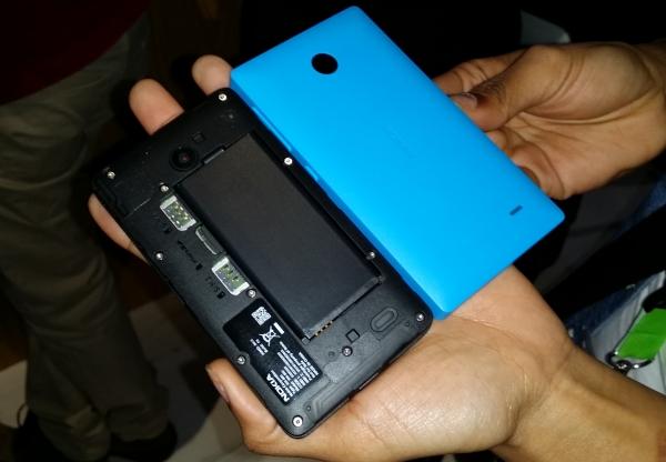 Android-фон Nokia X «рутировали», запустили приложения Google