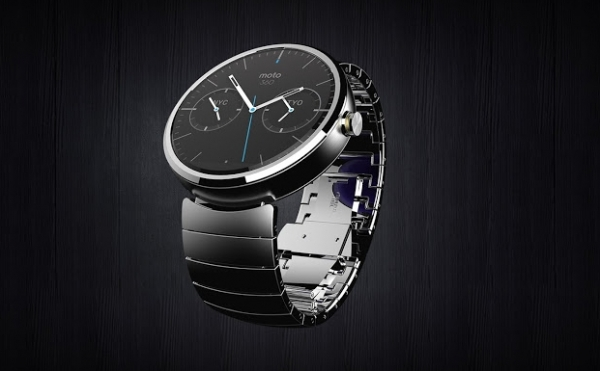 LG и Motorola выпустили «умные» часы с Android Wear