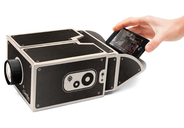 Smartphone Projector – ретро-проектор для смартфонов