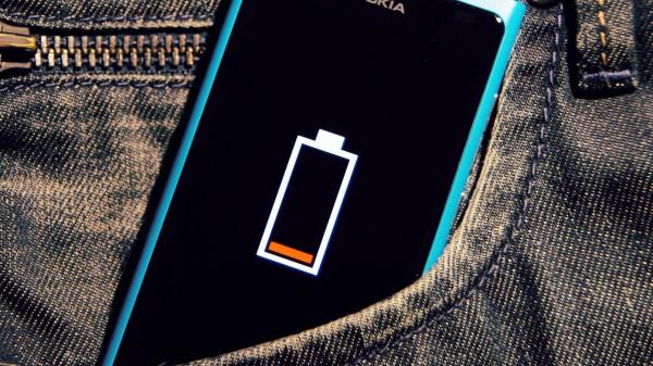 Израильская фирма обещает зарядку смартфонов за 30 секунд